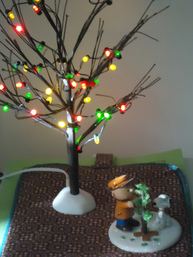 2015 Charlie Brown tree